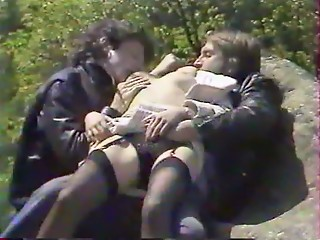Brutal,Vintage,Blowjob,Brunette,Hairy,Hardcore,Outdoor,Stockings,Threesome