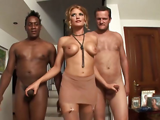 Kinky babe pleases two big hunks with gigantic tools