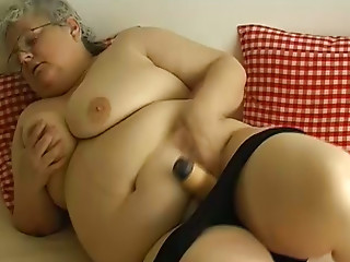 Glasses,Grannies,Masturbation,Big Ass,BBW,Big Boobs,Blonde,Lingerie,Sex Toys