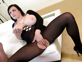 Brunette,Titfuck,Lingerie,Big Boobs,Car Sex,BBW,Hardcore,Tattoo,Blowjob