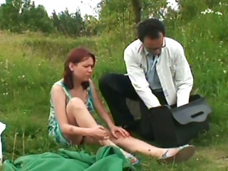 Smoking bitch Veronika wanna be pleased by country doctor right outdoors