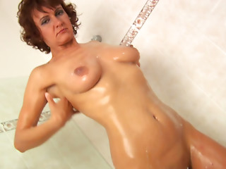 Mature,Brunette,Close-up,Fingering,MILF,Shower,Solo,Slut,Masturbation