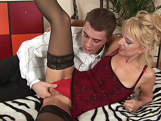 Terrific blowlerina Marylin sucks a stiff fat cock of horny Steve Q