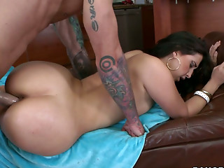 Big Ass,Brunette,Cumshot,Facial,Hardcore,Pornstar,Doggystyle,Brutal
