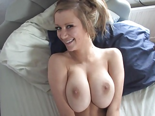 Amateur,Big Boobs,Blonde,Nipples,Voyeur