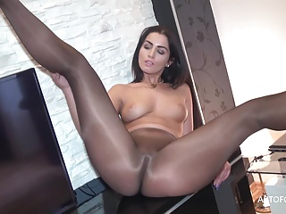 Panties,Nylon,Brunette,BBW,Fetish,Pantyhose,Foot Fetish,Stockings