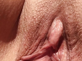 Clit,Fingering,Outdoor