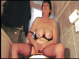 British,Grannies,BDSM,Hairy,Mature,Bathroom