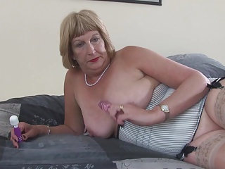 Wet,Amateur,Grannies,Mature,MILF,Stockings