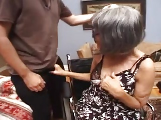 Grannies,Car Sex