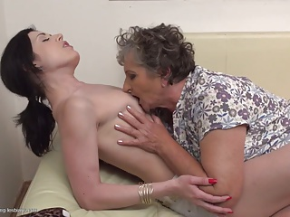Kissing,MILF,Old and young,Teen,Grannies,Hardcore,Lesbian,Mature