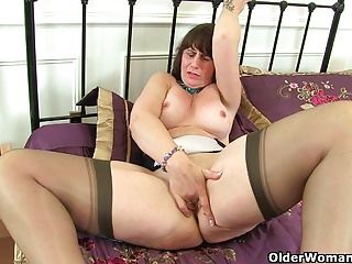 British,Mature,MILF,Old and young,Stockings,Car Sex