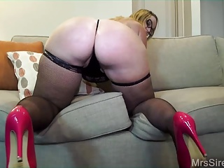 Big Ass,Blowjob,Cumshot,Group Sex,Wife