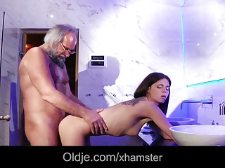 Babe,Blowjob,Daddy,Grannies,Hardcore,Mature,Teen