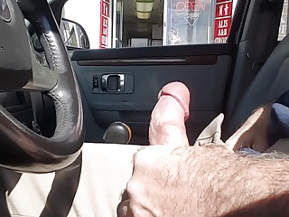 Outdoor,Flashing,Public Nudity,MILF,Car Sex,Masturbation