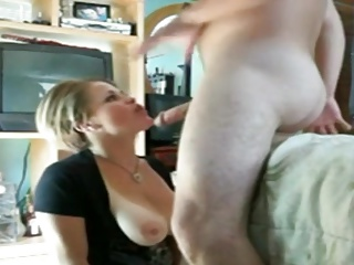 Amateur,Big Boobs,Blowjob,Facial,Natural