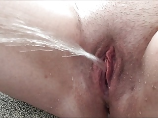 Squirting,Pissing,Amateur