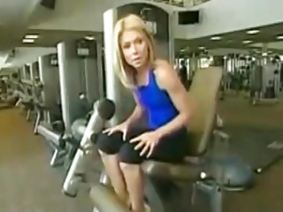 kelly ripa workout nude