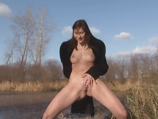 Pissing,Outdoor,Czech,Flashing,Public Nudity,Redhead