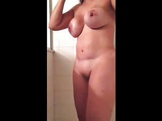 Shower,Babe,Big Boobs