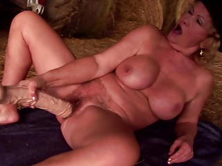 Amateur,Big Cock,Grannies,Mature,MILF,Sex Toys