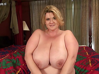 BBW,Grannies,Mature,MILF,Big Boobs