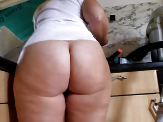 Anal slut gracelynn moans ass fucked by fat mature cock 5