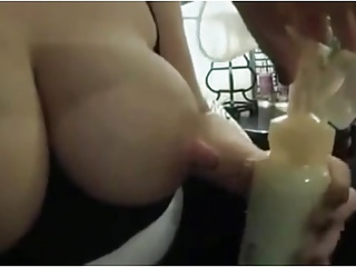Pump,Milk,Big Boobs,Nipples,Natural
