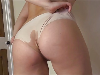 Teen,Panties,Upskirt,Wet,Masturbation