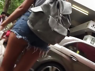 Tanned ass short shorts upskirt