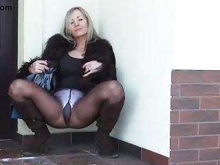 Pantyhose,Strip,Panties,Nylon,Mature,MILF,Outdoor,Blonde