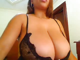 Big Boobs,Latina