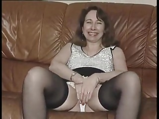 Dutiful uk submissive rubbing her clit on cue 8