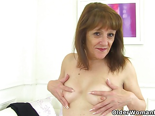 Pissing,British,Grannies,Mature,MILF,Nylon,Old and young