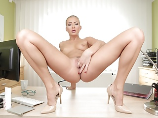 Sex Toys,Masturbation,Babe,Blonde