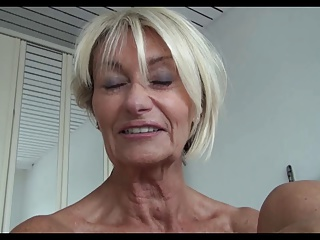 Fingering,Flashing,Grannies,MILF,Masturbation