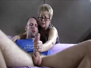 Caught,Mature,Grannies,Handjob,Threesome,Amateur,Blowjob