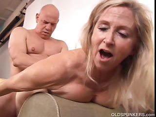 Blonde,Grannies,Hardcore,Housewife,Lingerie,Mature,Wife,Beautiful