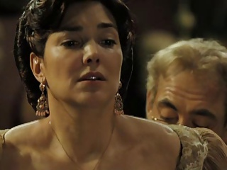 Laura Harring Love In The Time of Cholera (Nude)