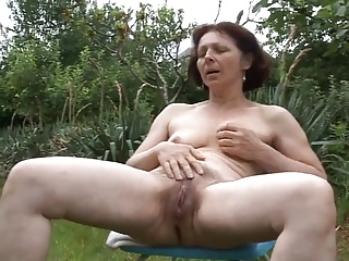 Masturbation,Grannies,Outdoor