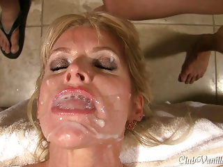 Amateur,Big Ass,Big Boobs,Blonde,Blowjob,Cumshot,Facial,MILF