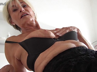 Homemade,Mature,Grannies,Hardcore,MILF,Old and young,Amateur,Fingering