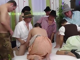Gangbang,Amateur,Brunette,Group Sex,Hardcore,Party
