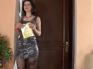Hazel in awesome pantyhose video