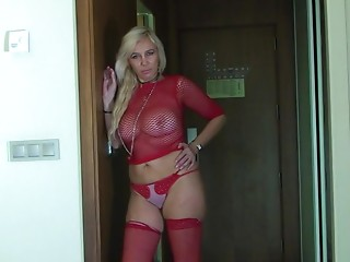 Housewife,Mature,Wife,Blonde,Solo