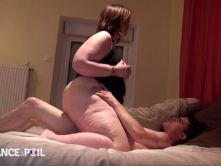 Sexy BBW Claire loves it up the ass