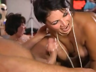 Gangbang,Amateur,Babe,Group Sex,Hardcore,Stockings,Swingers