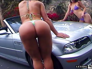 Sassy nice ass dame washing car then banged hardcore in ffm porn