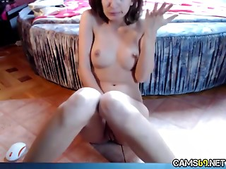Sassy brunette cutie pleasures her orgasmic snatch with fingers