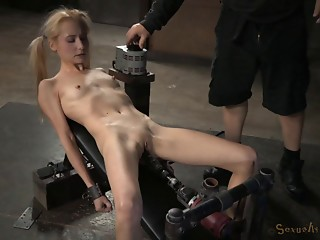 Petite,BDSM,Sex Toys,Blowjob,Blonde,Fetish